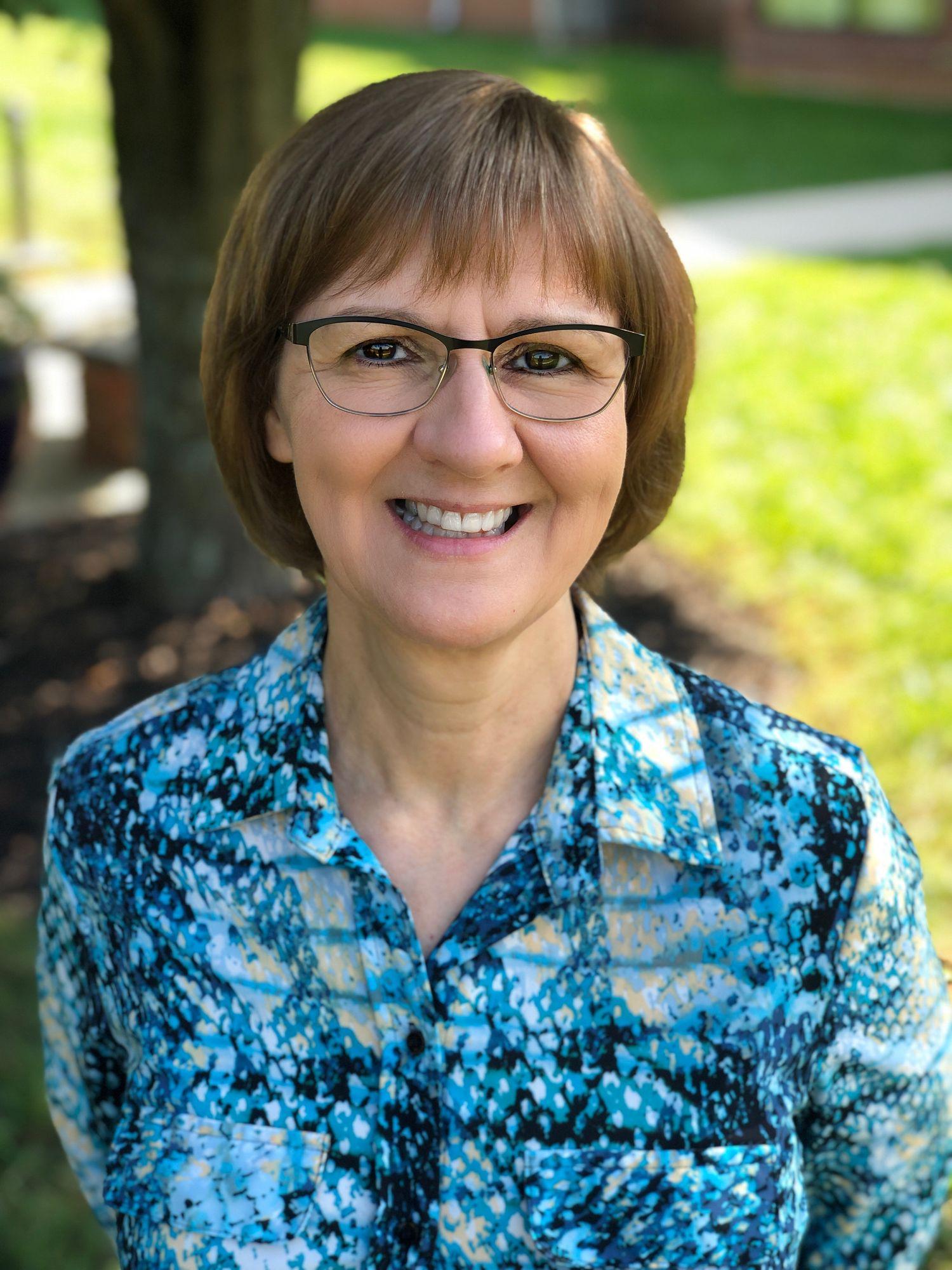 Joyce Barr